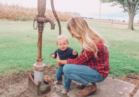 Milk and Honey Magazine - are you a new mom looking for encouragement and parenting tips... or really just survival tips? We've got motherhood covered!
