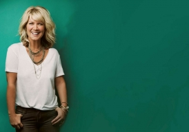 Milk and Honey Magazine interviews Natalie Grant on her new book Finding Your Voice! Natalie shares her passion for Jesus Christ, her hopes for her daughters, and even her health/fitness tips on losing weight and keeping it off!